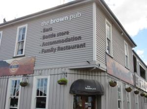 .... The Brown Pub!!