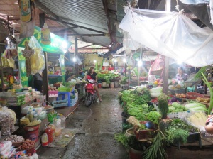 It may be an indoor market, but that's not going to stop anyone driving around it!