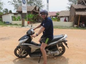 Barry Sheene rides again!!